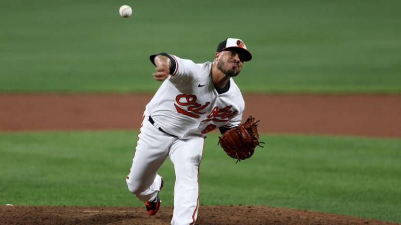 Manny Barreda Debuta en MLB con Victoria