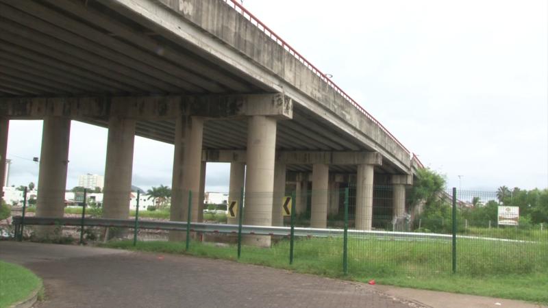 Piden mantenimiento en puentes a desnivel de la Marina