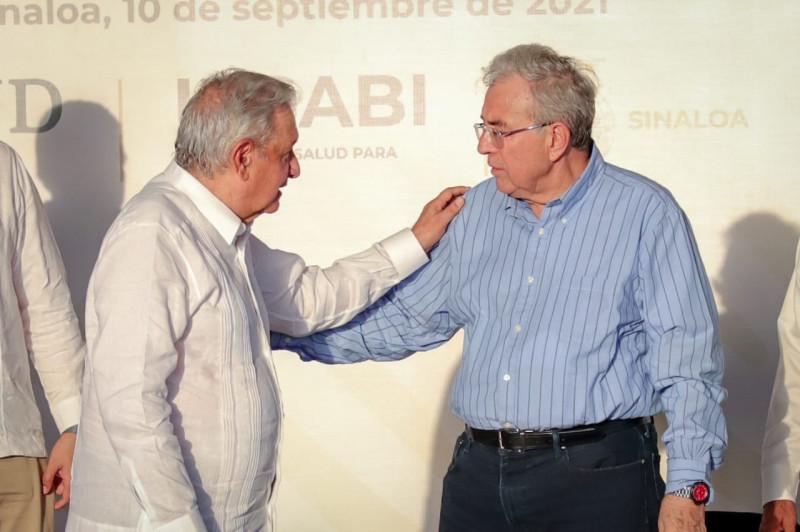Rocha asume el compromiso de AMLO para basificar a trabajadores de la salud en Sinaloa