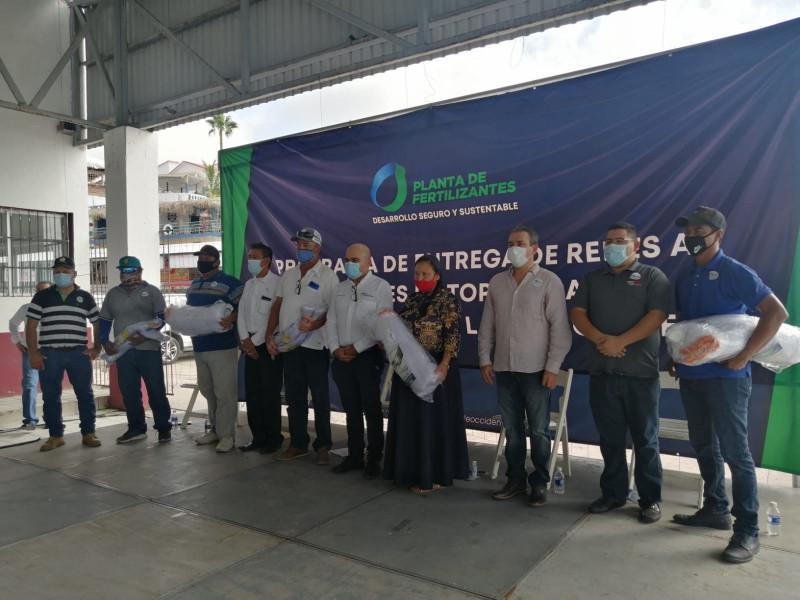 Realiza GPO entrega de redes de pesca en Topolobampo