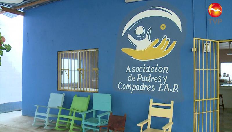 Padres y Compadres y Roc Wheelss patrocinarán sillas de ruedas a menores de hasta 10 años