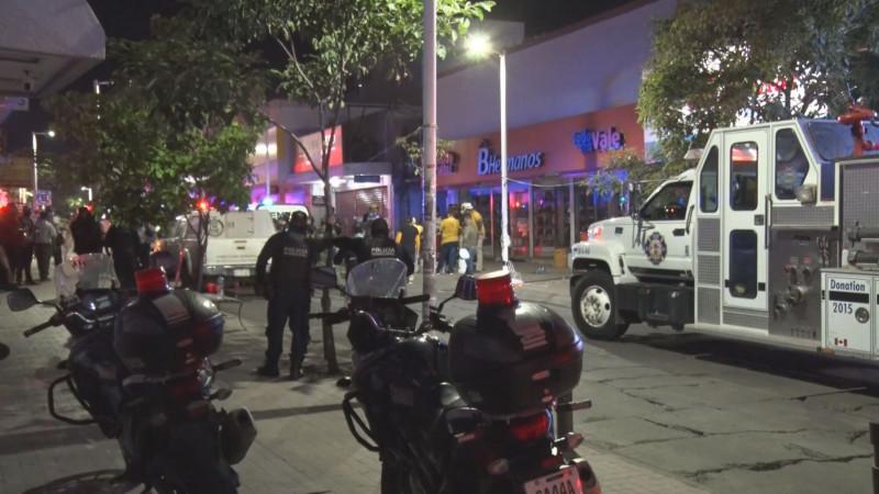 Fuera de peligro los dos heridos en zapatería colapsada