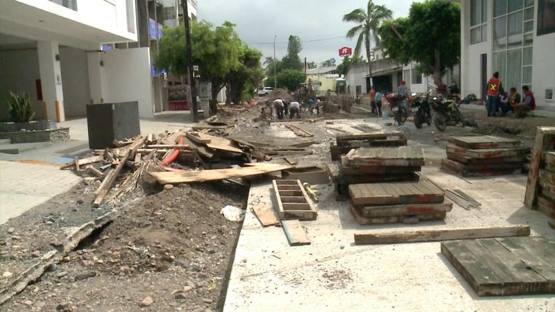 Comerciantes piden acelerar trabajos en Av. Gaviotas