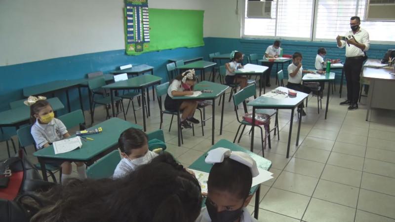 Se presenta primer caso de Covid en escuelas en Sinaloa