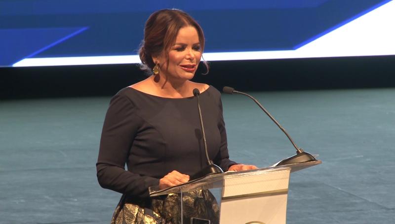 Presidenta del DIF Mazatlán rinde informe de actividades