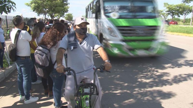 Choferes se ponen en el lugar de los ciclistas