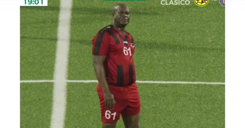 Vicepresidente de Surinam utiliza influencias para jugar profesionalmente en la Concacaf