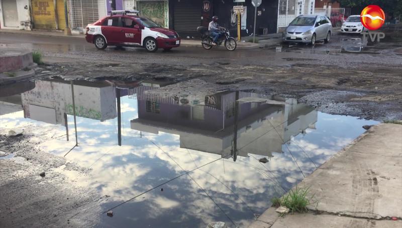 """Como un """"campo minado"""", algunas calles y avenidas de Mazatlán"""