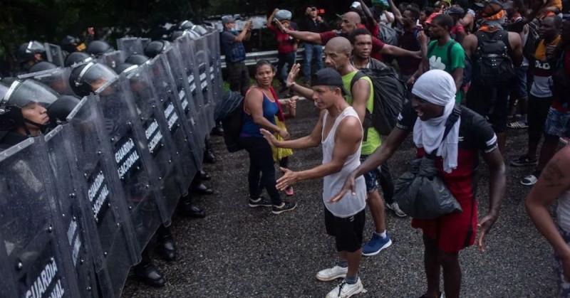"""""""No queremos que México sea un campamento de migrantes"""": López Obrador"""