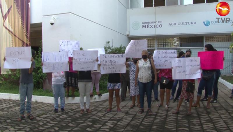 Pescadores ribereños de Baja California, Nayarit y Sinaloa toman las oficinas de CONAPESCA