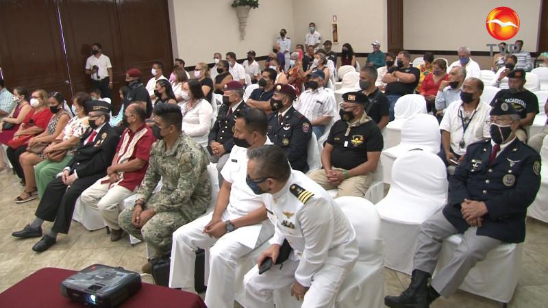 Se realiza en Mazatlán convención internacional de paracaidistas militares, marinos y deportivos