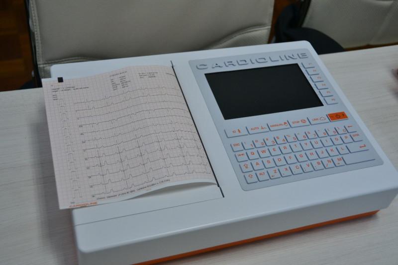 SSA entrega  5 electrocardiógrafos a Cruz Roja Mexicana