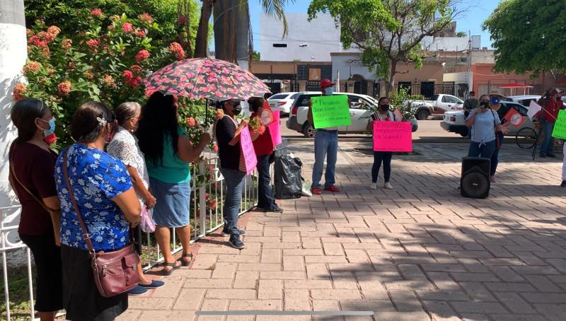 Piden antorchistas adquisición de locales comerciales y mejorar en vivienda