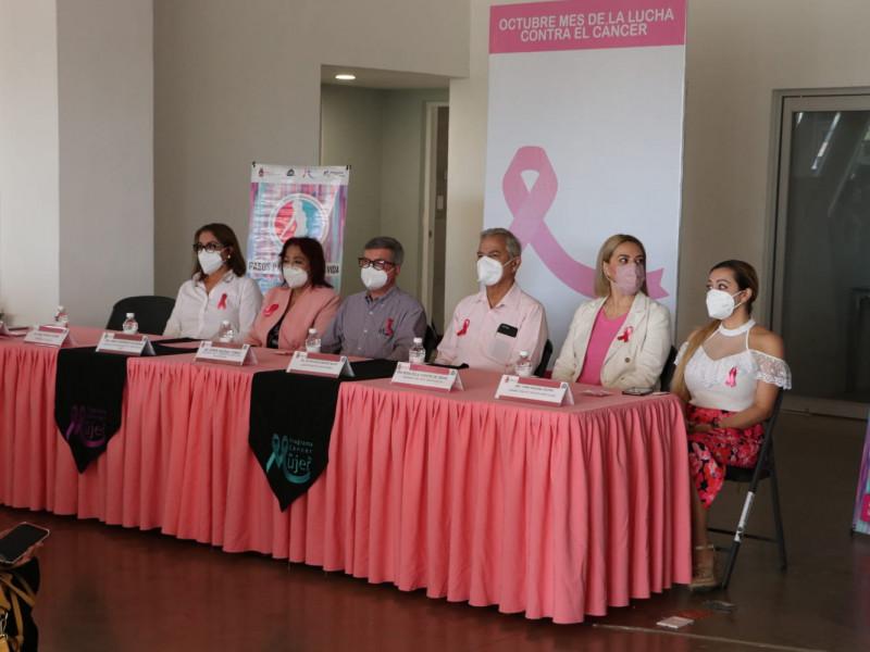 Inician actividades por el mes de la lucha contra el cáncer de mama