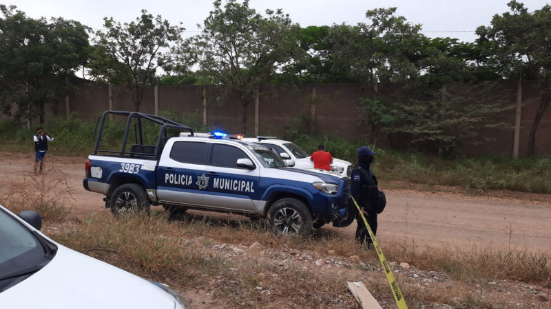 Encuentran a dos personas asesinadas al sur de Culiacán