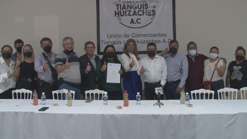 Se formaliza la Unión de comerciantes del Tianguis los Huizaches A.C