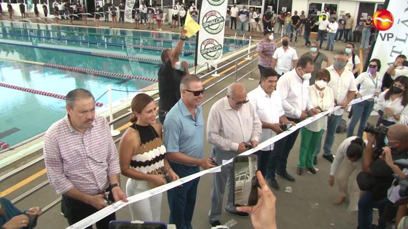 Inauguran Techumbre de la alberca Olímpica, El gobernador Quirino Ordaz Coppel y Alcalde Luis Guillermo Benitez.