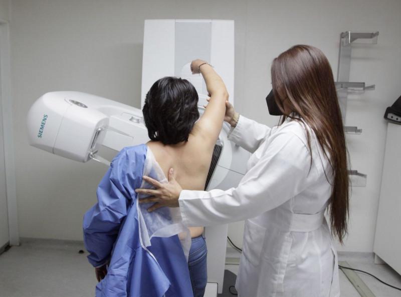 Fortalece acciones el IMSS en favor de la salud de la mujer