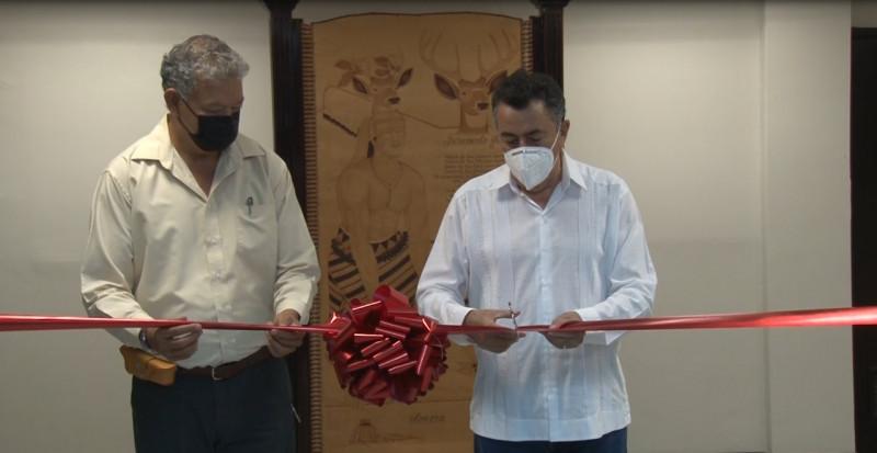 Javier Lamarque Cano abrió las puertas de las oficinas presidenciales, eliminando muros y barreras