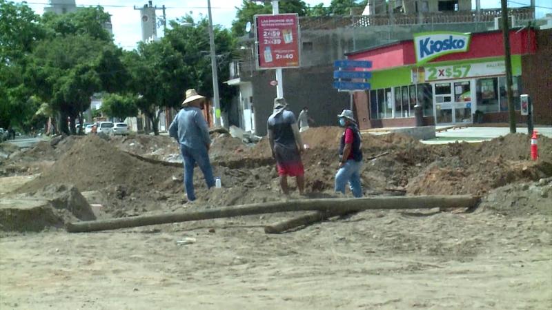 Se retrasan de nuevo trabajos en Avenida Gabriel Leyva