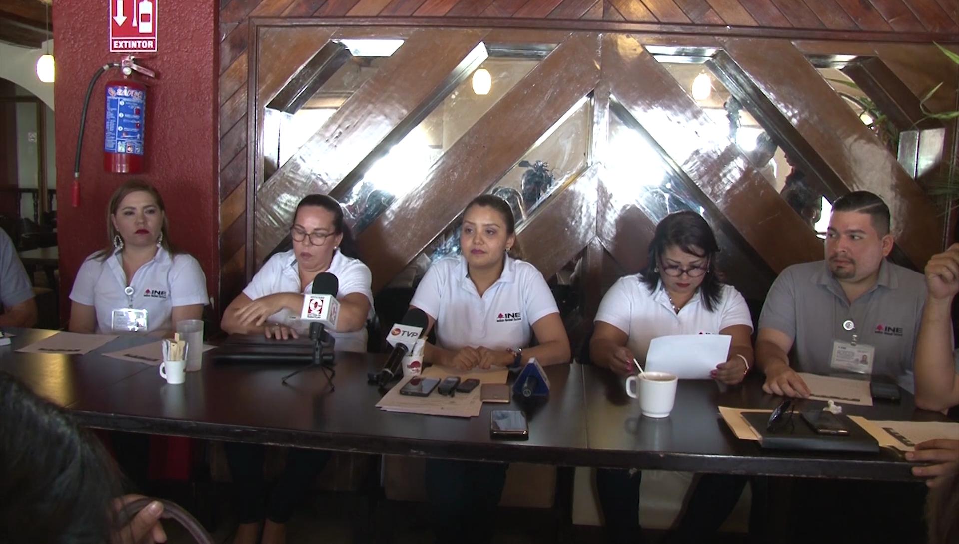 Margarita Zavala regresa al INE 2.3 millones de pesos