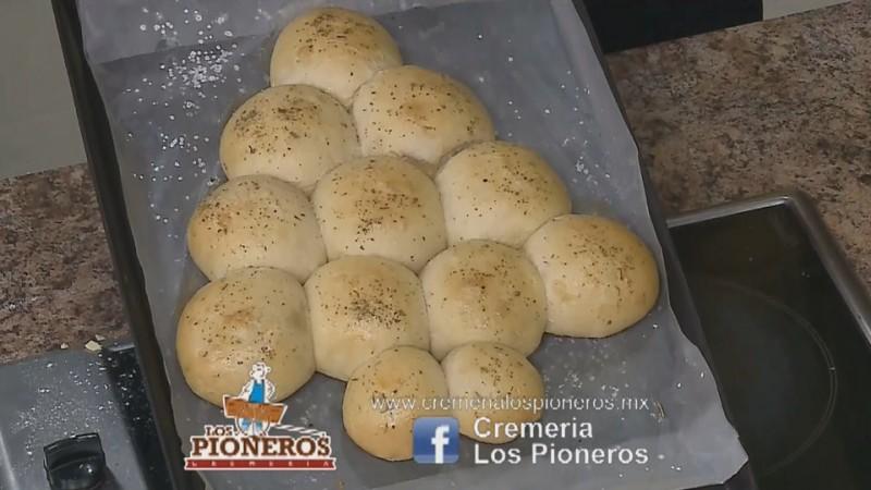 Arbolito de pan Los Pioneros