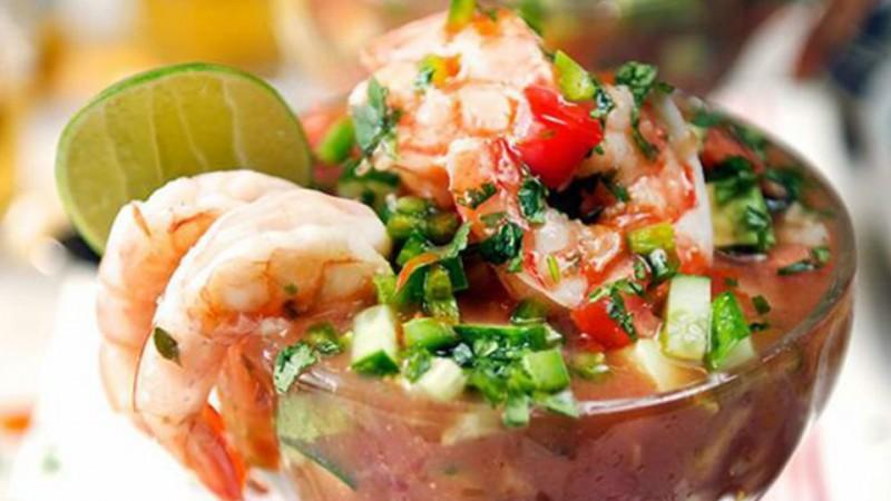 Campechana de mariscos estilo Sinaloa