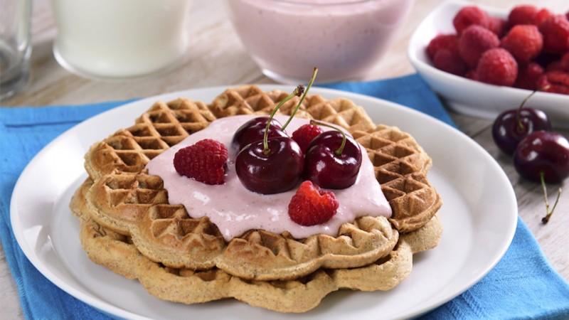 Cómo se hacen los waffles integrales con yogurt