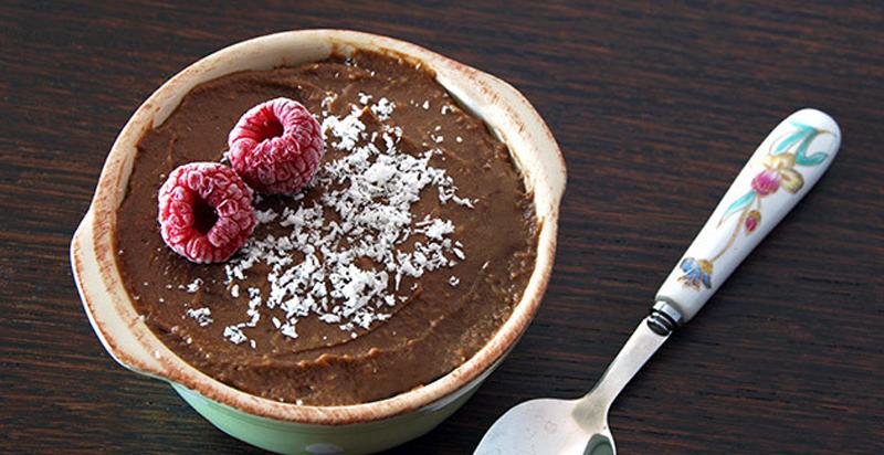 Preparando recetas Keto: Crema de chocolate con aguacate