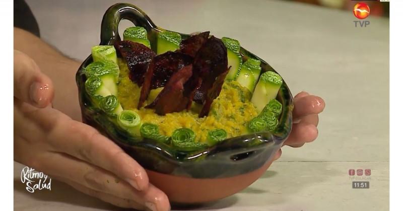 El puré de camote con crocante de betabel te encantará (video receta)