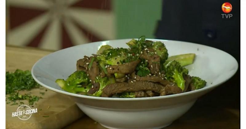 Consiente a tu familia con este riquísimo salteado de brócoli con carne (video receta)