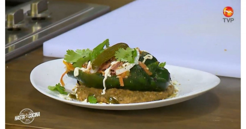 El chile relleno de marlin en escabeche es perfecto para despedir el mes patrio (video receta)